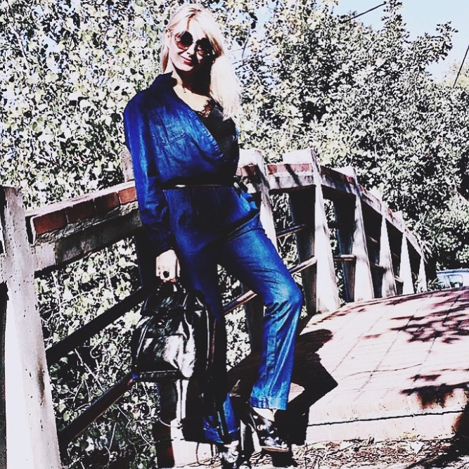Momentsnstyle fashion. Beauty & lifestyle blog